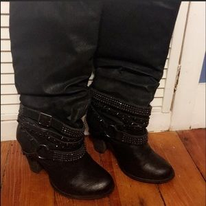 Not Rated size 8 boots with chain details